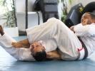 Alex Malheiro zeigt eine Armbar
