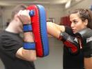 Im Beat-Kick in der Sportschule KAMINARI steht die Arbeit an der Pratze im Vordergrund.