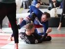Bodenkampf mit Festlegen des Gegners - Grappling bei KAMINARI