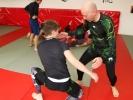 Die Beine des Gegners attackieren ist typisch Bodenkampf