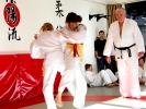 Egal ob Junge oder Mädchen, Judo bei KAMINARI macht fit für den Kampf.