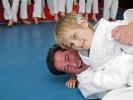 Vater und Tochter beim gemeinsamen Judotraining in der Sportschule KAMINARI.